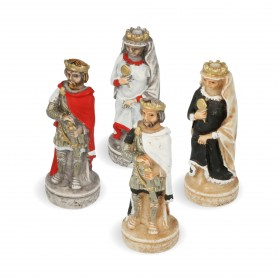 Chess pieces Order of Crusaders in alabaster and resin hand-painted