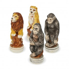 Chess pieces The Animal World in alabaster and resin painted by hand
