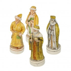 Chess pieces Battle of Kazan in alabaster and hand-painted resin