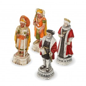 Chess pieces Spaniard against Incas in alabaster and hand-painted resin