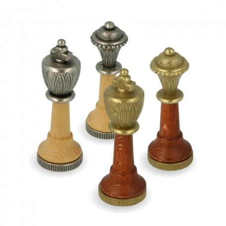 Classic chess pieces Staunton model Zama metal and maple wood, hand finished.