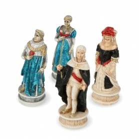 Chess pieces Battle of Spain in alabaster and hand-painted resin