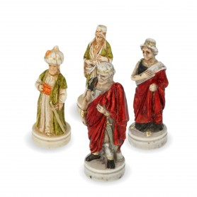 Chesspieces Alexander the Great in alabaster and resin painted by hand