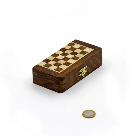 Squared with natural wood - folding magnetic set with checkers