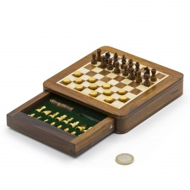 Squared magnetic chess set in natural wood - with drawer and checkers