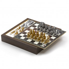Chess Set with Chess pieces Cats and Dogs in alabaster and resin handpainted and Box container for chess in wood