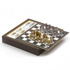 Chess Set with Chess pieces Romans vs Barbarians in alabaster and resin handpainted and Box container for chess in wood
